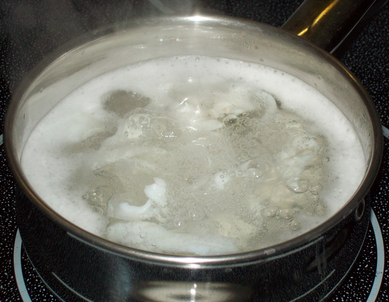 photo of boiling bluegill fillets.